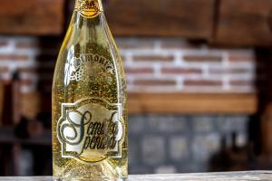 Semiška Gold sparkling wine 1.5l